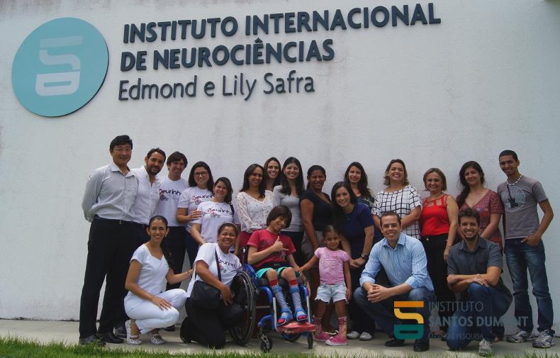 Em visita a uma das salas de fisioterapia do CEPS. Foto: Ariane Mondo/Ascom ISD