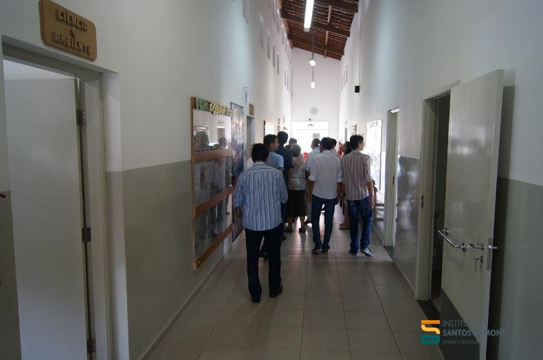 Comitiva conhece o CEC Escola Alfredo J. Monteverde, unidade Macaíba.