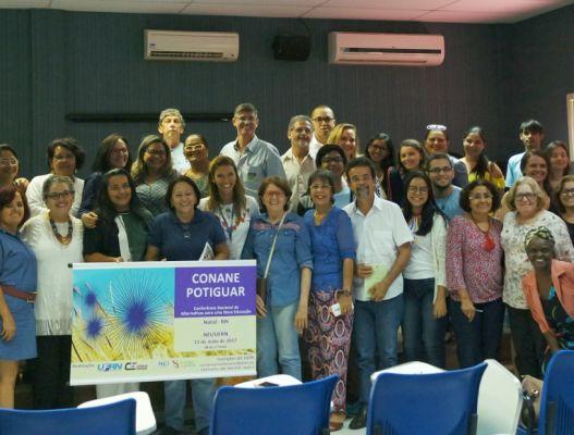 CEC Natal participa de etapa regional da I Conferência Nacional de Alternativas para uma Nova Educação