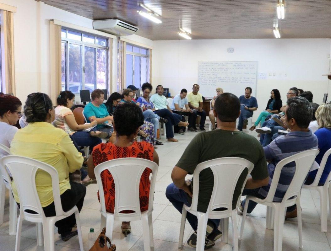CECs recebem visita de educadora e pesquisadora da educação de São Paulo