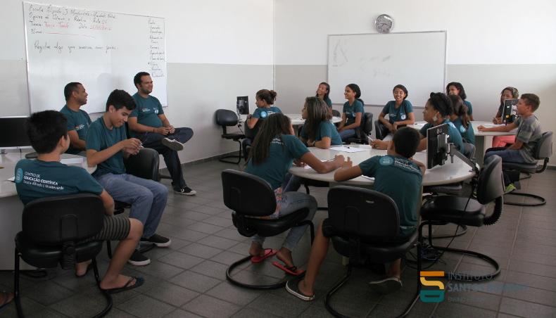 Oficina Ciência e Robótica, CEC Natal. Foto: Ariane Mondo - Ascom ISD