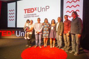 Palestrantes do TEDx UnP com a Reitora da Universidade. Foto: Alex Fernandes - Divulgação TEDx UnP