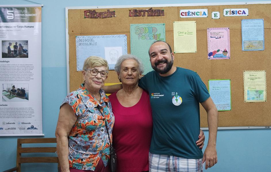 Esméria Rovai com a Diretora dos CECs, Dora Montenegro e o coordenador do CEC Natal, Walter Romero Jr.