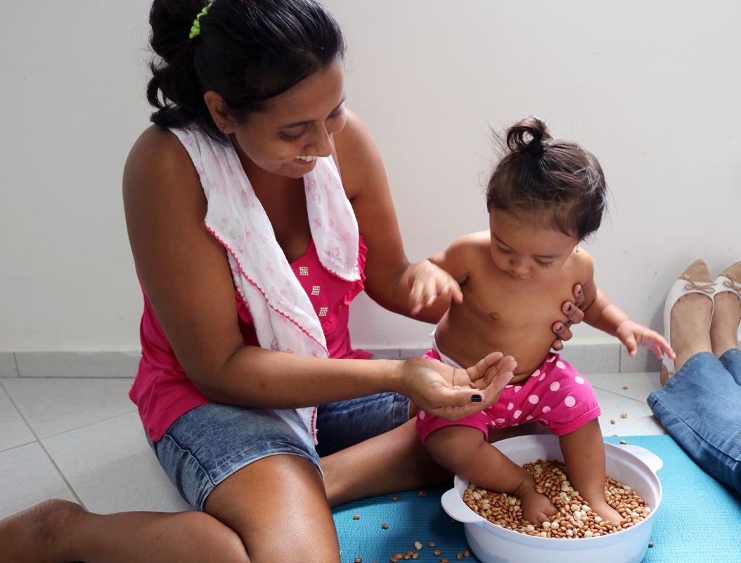 A importância de se estimular os sentidos dos bebês